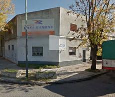 Foto Depósito en Alquiler en  Pompeya ,  Capital Federal  E: Bonorino al 3200
