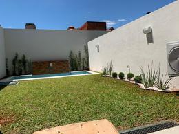 Foto Casa en Alquiler en  Mburucuya,  Santisima Trinidad  Mburucuyá, zona Colegio Lumen