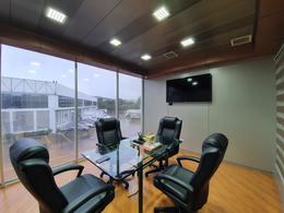 Foto Oficina en Renta en  San Rafael,  Escazu  Desde $400 / Servicios incluidos / Amueblada