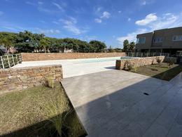 Foto Departamento en Alquiler en  Jardines del Palmar,  El Palmar  Jardines del Palmar (Homes 4)