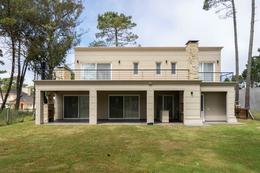 Foto Casa en Venta en  Alamos II,  Pinamar  De la Deriva   100