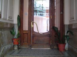 Foto PH en Venta en  Once ,  Capital Federal  Adolfo Alsina al 3000