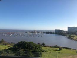 Foto Apartamento en Alquiler en  Puerto Buceo ,  Montevideo  Rambla Armenia Puerto del Buceo