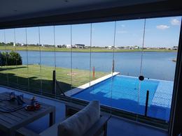 Foto Casa en Venta en  Lagos del Golf,  Nordelta  Lagos del Golf al Agua