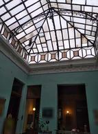 Foto Edificio Comercial en Venta en  Ciudad Vieja ,  Montevideo  RINCON CASI PLAZA MATRIZ