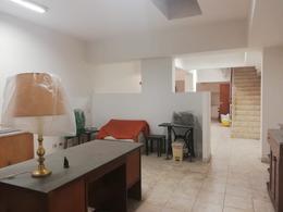 Foto Local en Alquiler en  Recoleta ,  Capital Federal  Aguero al 2300