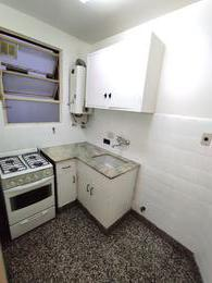 Foto Departamento en Alquiler en  Caballito ,  Capital Federal  Hidalgo al 100