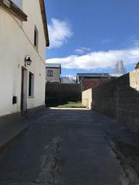 Foto Casa en Alquiler en  Esquel,  Futaleufu  Barrio Covitre Psaje. Urrutia al 1300