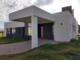 Foto Casa en Venta en  Barrio Santa Ines,  Countries/B.Cerrado (E. Echeverría)  Propiedad excelente calidad!!! SANTA INES Consulte !!!!!