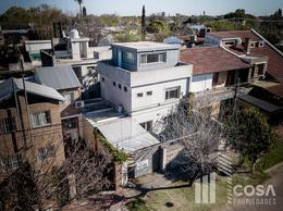Foto Casa en Venta en  Rosario ,  Santa Fe  Staffieri 1500