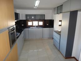 Foto Casa en Alquiler en  Santa Genoveva ,  Capital  Bocahue - Barrio Privado