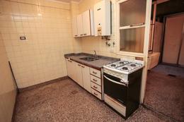 Foto Departamento en Venta | Alquiler en  Caballito ,  Capital Federal  Av. Juan Bautista Alberdi al 1000
