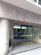 Foto Departamento en Alquiler en  Recoleta ,  Capital Federal  Rodriguez Peña al 1800 y Av. Alvear