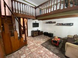 Foto PH en Venta en  Liniers ,  Capital Federal  Peribebuy 6800, Tipo casa de 4 ambs con terraza en liniers