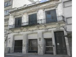 Foto Edificio Comercial en Venta en  Ciudad Vieja ,  Montevideo  Cerrito 623