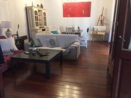 Foto Casa en Venta en  Rosario ,  Santa Fe  Suipacha 322