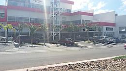 Foto Local en Venta en  Juriquilla,  Querétaro  LOCAL EN PLAZA COMERCIAL CON EXCELENTE UBICACION, DENTRO DE FRACCIONAMIENTO DE LUJO