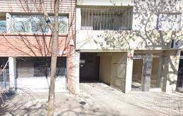 Foto Cochera en Venta en  Abasto,  Rosario  Cochabamba al 1300