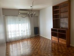 Foto Departamento en Venta en  Recoleta ,  Capital Federal  Ayacucho 964