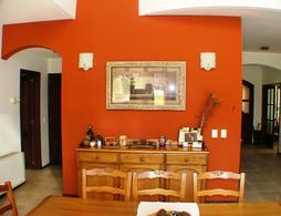Foto Casa en Venta en  Saint Thomas,  Countries/B.Cerrado (E. Echeverría)  ruta 52 km 3.5