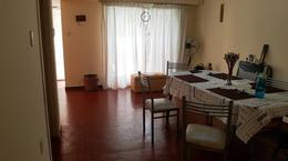 Foto Casa en Venta en  Adrogue,  Almirante Brown  30 de septiembre 1320, entre Pje Estrada y Ferrari