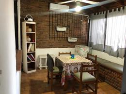 Foto Departamento en Venta en  Florencio Varela ,  G.B.A. Zona Sur  Hector Gintili 132