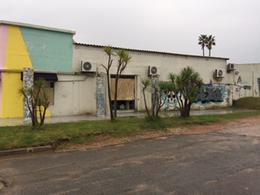 Foto Local en Venta en  La Barra ,  Maldonado  MANZANA COMPLETA Sobre Ruta 10