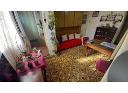 Foto Casa en Venta en  Quilmes ,  G.B.A. Zona Sur  Jujuy Nº 0