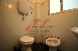 Foto Apartamento en Venta en  Cordón ,  Montevideo  Cordón, Ana Monterroso al 2200