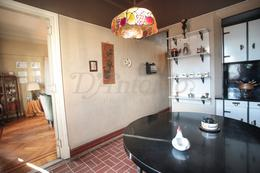 Foto Departamento en Venta en  Flores ,  Capital Federal  Av. Rivadavia al 6800