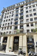 Foto Departamento en Venta en  Recoleta ,  Capital Federal  Avenida Alvear al 1700 2