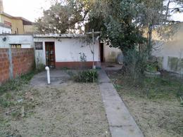 Foto Casa en Venta en  Luis Guillon,  Esteban Echeverria  Arana 1935