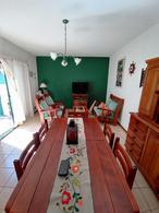 Foto Casa en Venta en  Trelew ,  Chubut  B° UPCN  - Excelente estado
