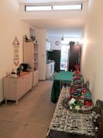 Foto Casa en Venta en  Parque Rodó ,  Montevideo  Charrua al 2100