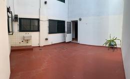 Foto Departamento en Venta en  Adrogue,  Almirante Brown  BOUCHARD 1635 PB A