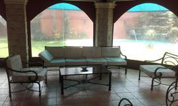 Foto Casa en Alquiler | Venta en  Ycua Sati,  Santisima Trinidad  Zona Ycuá Sati