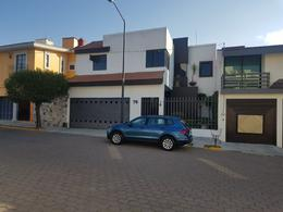 Foto Casa en Renta en  Santa Cruz Buenavista Norte,  Puebla  Fracc. Jardines de Zavaleta (Recta Cholula)