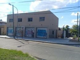 Foto Local en Alquiler en  Tigre ,  G.B.A. Zona Norte  MENDOZA al 300