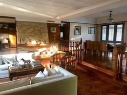 Foto Casa en Venta en  Mart.-Vias/Libert.,  Martinez  Domingo Repetto al 500
