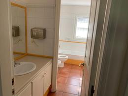 Foto Casa en Venta en  Carrasco ,  Montevideo  CARRASCO CLÁSICO