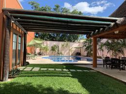 Foto Casa en condominio en Renta en  Supermanzana 523,  Cancún  Residencial Torrecillas