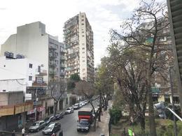 Foto Local en Venta en  Caballito ,  Capital Federal  Yerbal 800