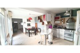 Foto Casa en Venta en  Echesortu,  Rosario  9 de julio al 3900