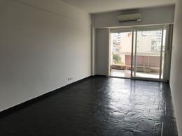 Foto Departamento en Alquiler en  Olivos,  Vicente Lopez  Avenida del Libertador al 2600