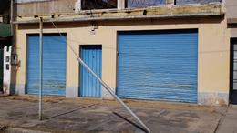 Foto Galpón en Alquiler en  Lomas De Zamora,  Lomas De Zamora  Paso al 2400