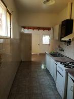 Foto thumbnail Casa en Alquiler en  Desamparados,  Capital  Olegario Andrade al 300
