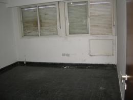 Foto Oficina en Alquiler en  Esc.-Centro,  Belen De Escobar  H.Irigoyen 585   1°  4°