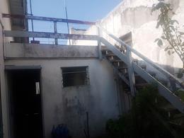 Foto Casa en Venta en  Lomas De Zamora ,  G.B.A. Zona Sur  PEREYRA LUCENA 1528