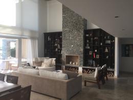 Foto Casa en Alquiler en  El Golf,  Nordelta  Golf