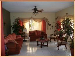 Foto Casa en Venta en  Jardines del Valle,  San Pedro Sula  Casa Residencial en Col. Jardines del Valle